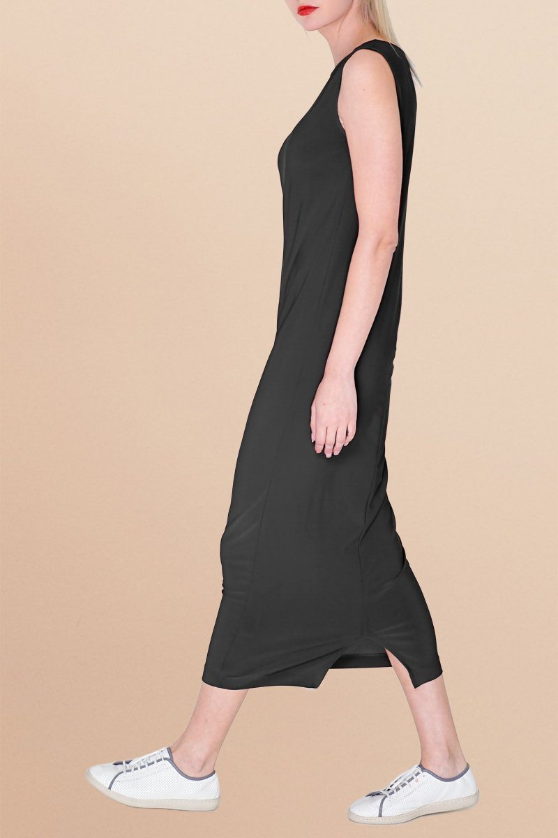 Sleeveless Black Midi Shift Dress