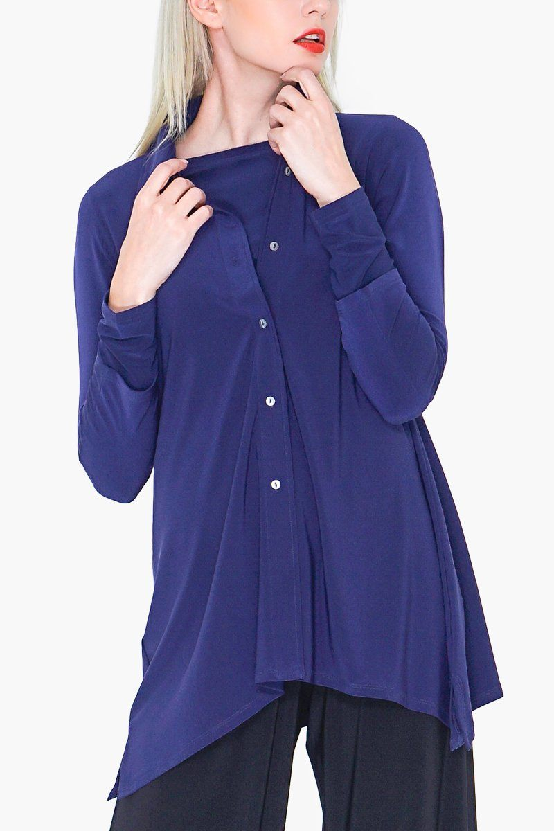 Women's navy blue button up travel shirt