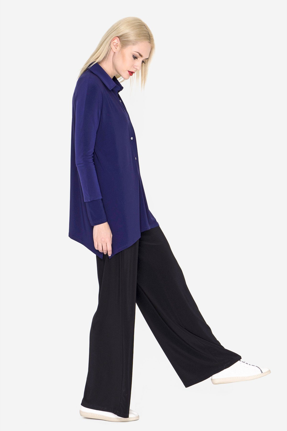Women's Navy Button Shirt with Curved Hem 3/4 Sleeves Travel Shirt Rosarini