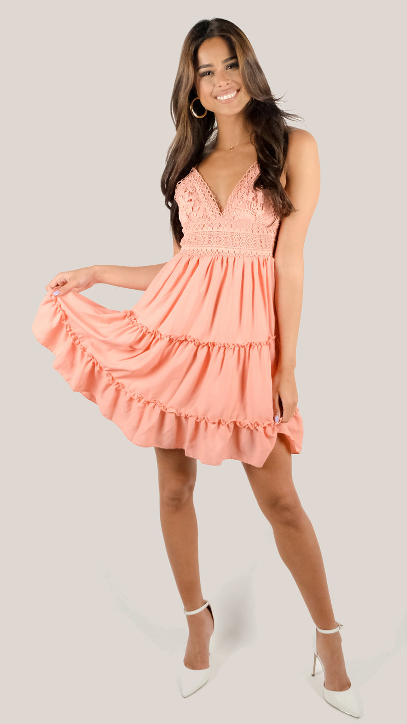 La Vie est Tres Belle Dress in Rose