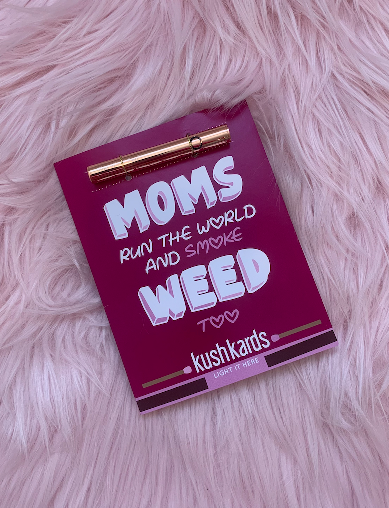 Kind Pen Twist - ROSE Gold / MOM RUN THE WORLD  KushKard