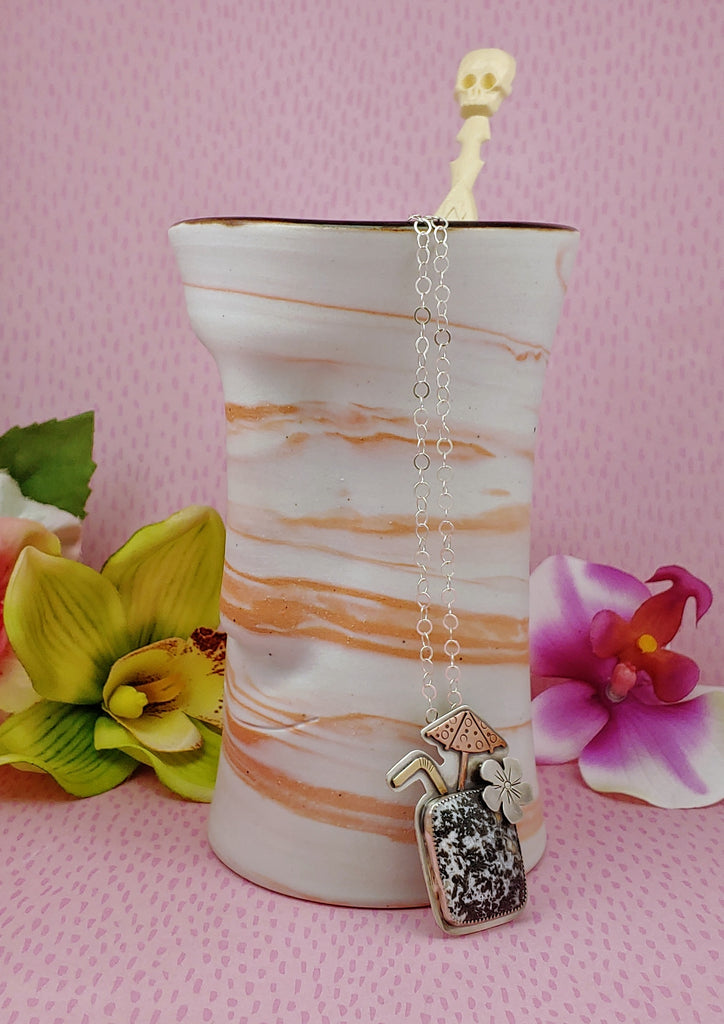 Tiki Mugs and a Dendritic Agate Necklace