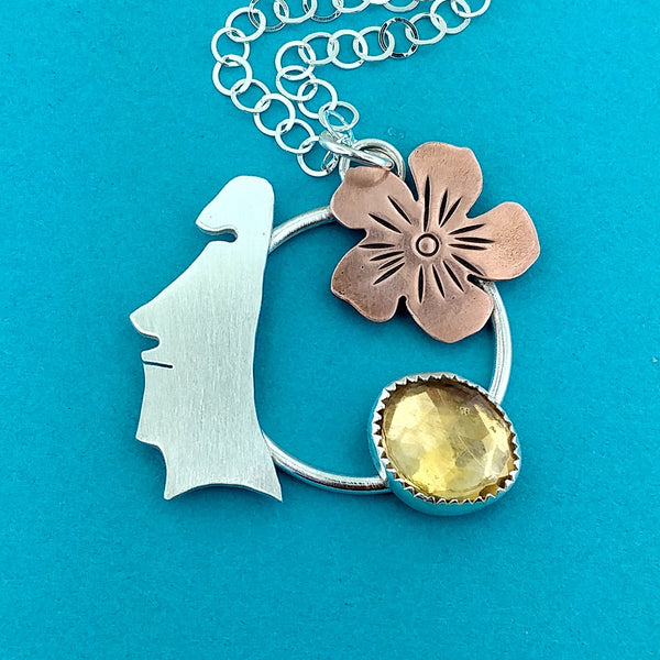 Moai Head with Flowers Necklace and Citrine
