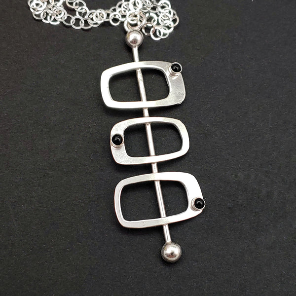 Triple Soft Rectangles Necklace - Googie Style with Onyx