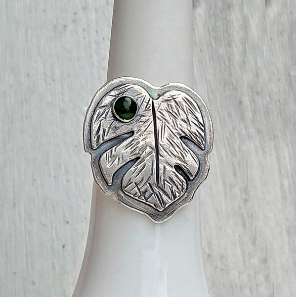 Monstera deliciosa in sterling silver