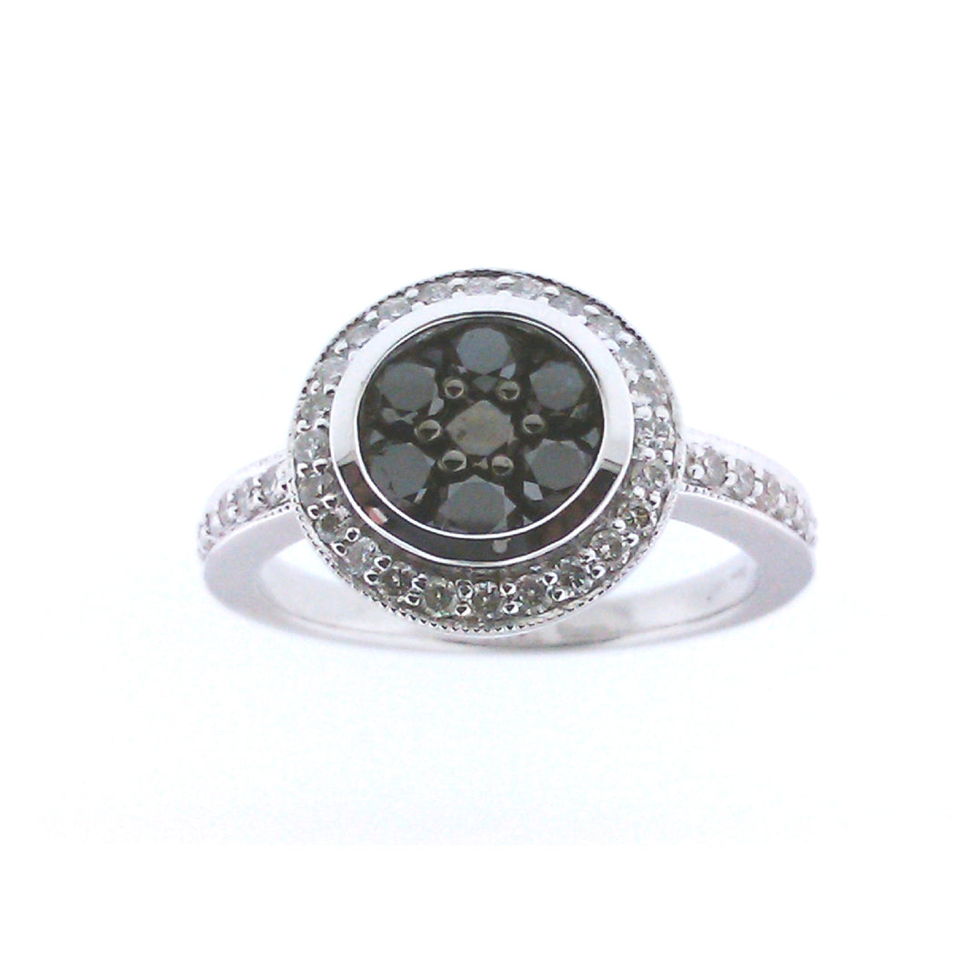 CLUSTER BLACK DIAMOND RING