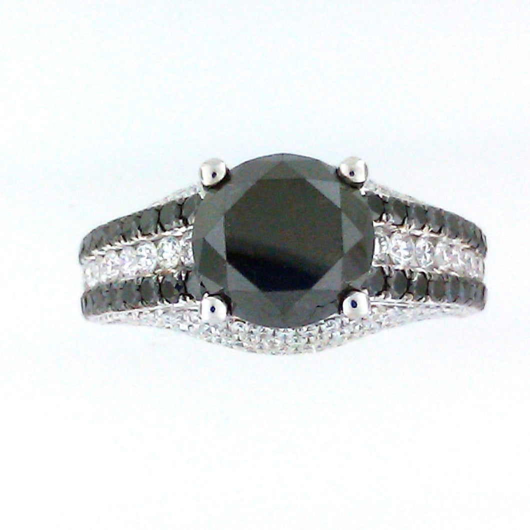 SOLITAIRE BLACK DIAMOND RING