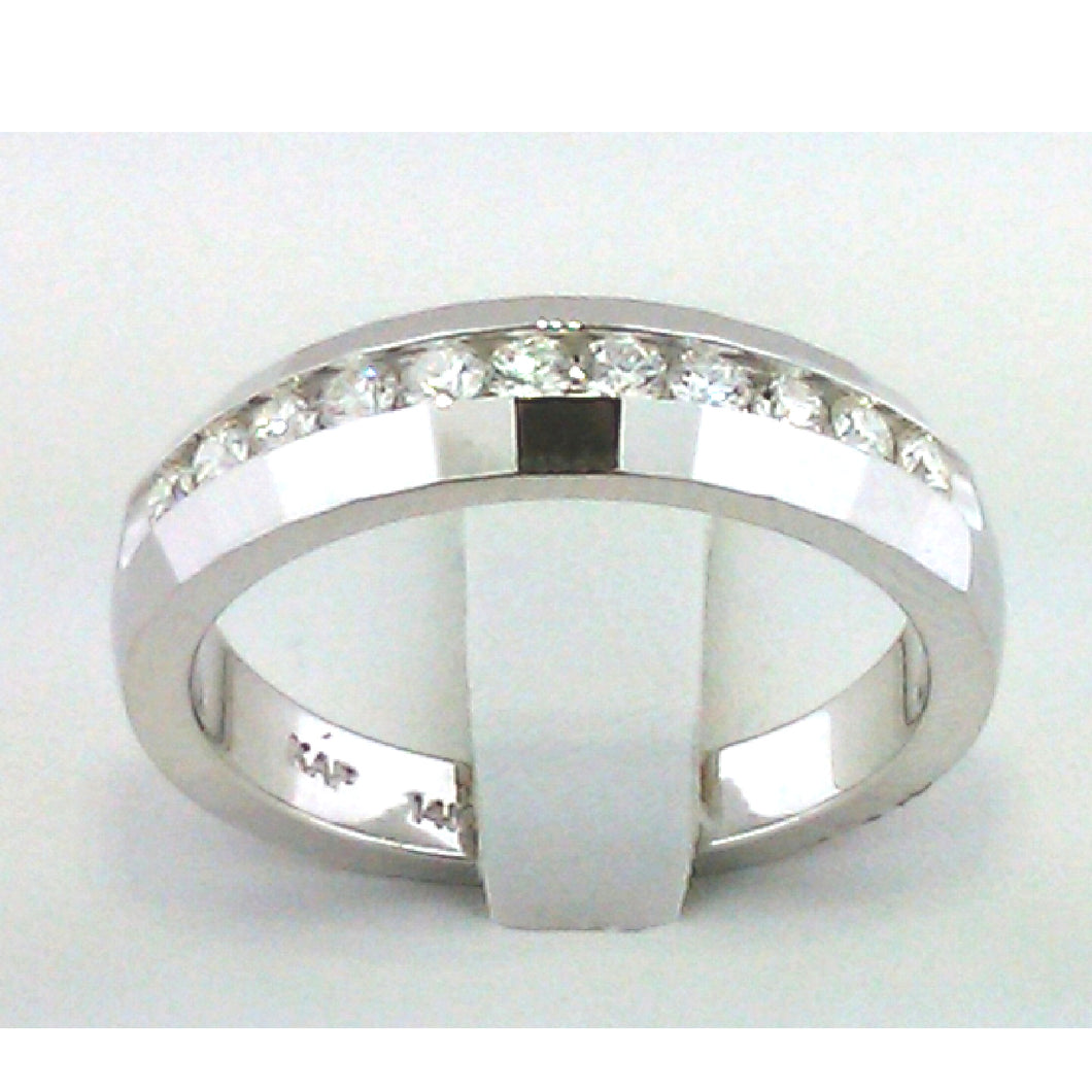 Classic Men's Diamond Band