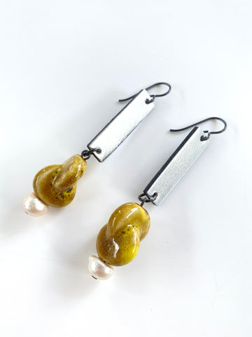 The Ceramic and Pearl Drop Earrings