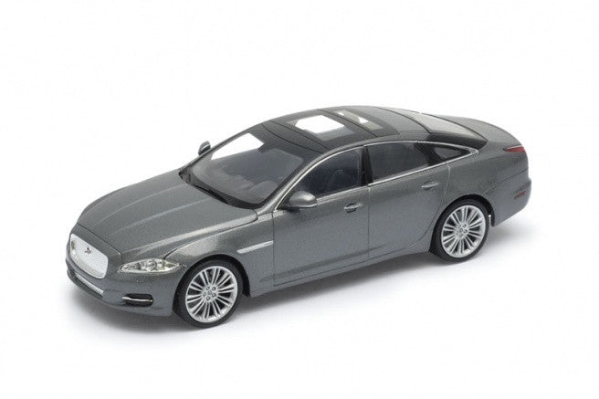 1:24 JAGUAR XJ GREY 2010 - morethandiecast.co.za