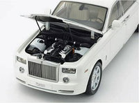 1:18 ROLLS ROYCE PHANTOM EXT W/BASE ENGLISH WHITE