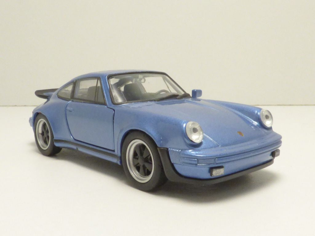 PORSHE 911 TURBO BLUE PULLBACK 14 - morethandiecast.co.za