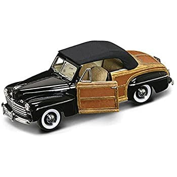 1:18 FORD SPORTSMAN BLACK 1946