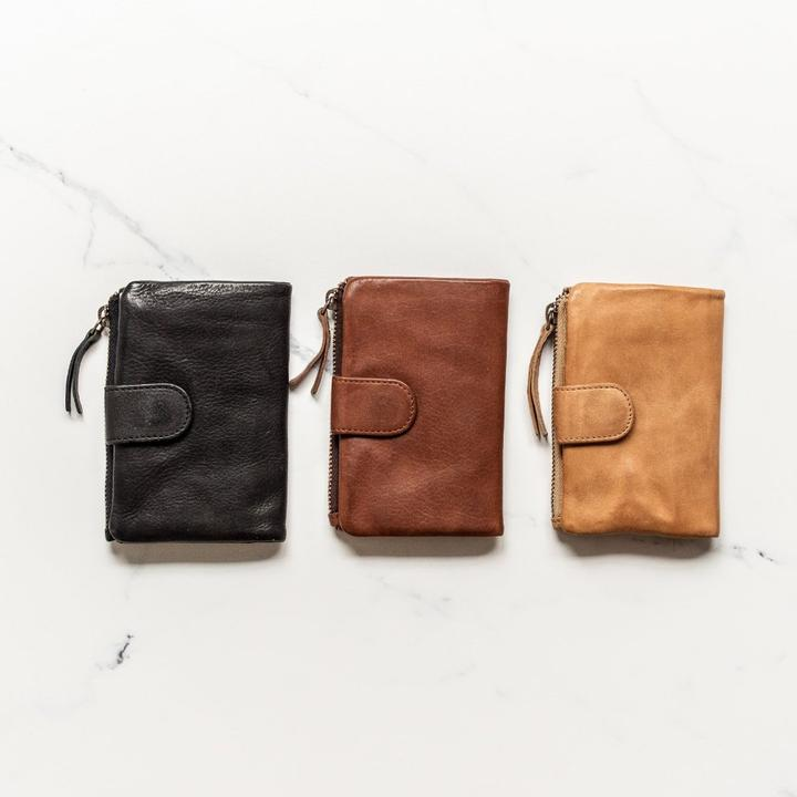 Juju & Co, Small Capri Wallet - Cognac