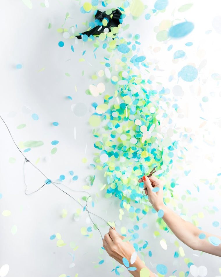 BLUE GENDER REVEAL CONFETTI BALLOON