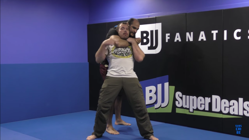 Defend The Rear Strangle With Dean Lister