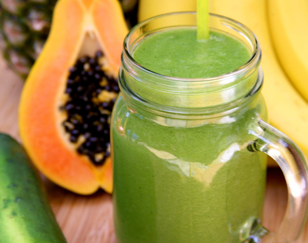 Papaya & Pineapple Green Smoothie