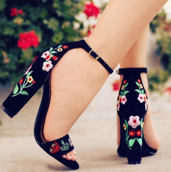 New straps rose embroidered with high heels summer fashion sandals