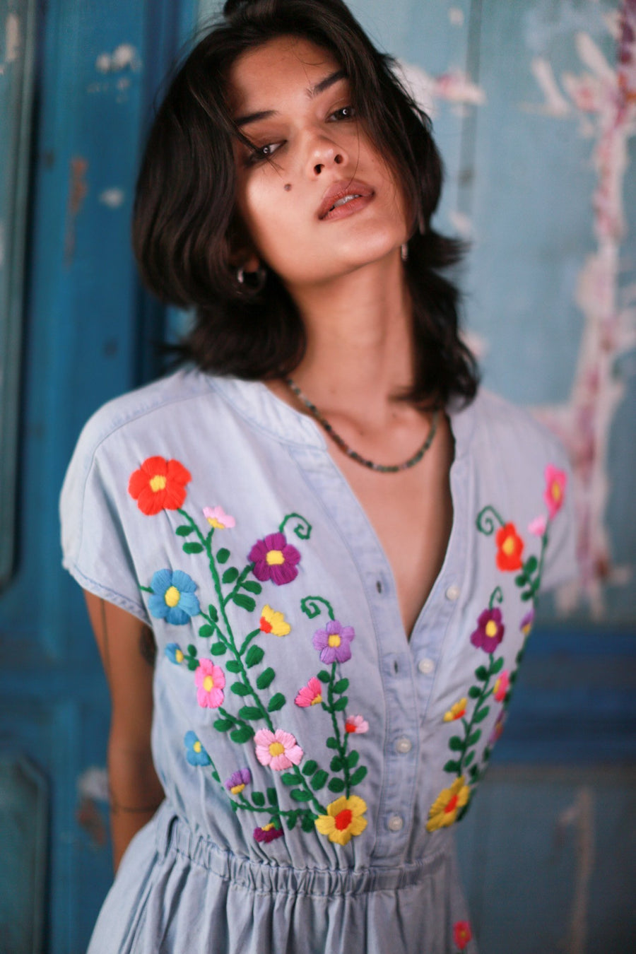 DENIM EMBROIDERED DRESS JENNA MOMO NEW YORK