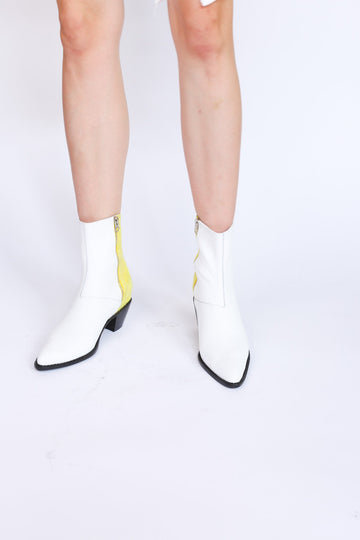 MOMONEWYORK MOMO New York White Leather / Fabric Ankle Boot Agnetha