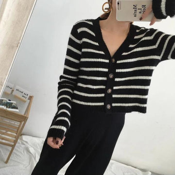Black White Striped  Casual Short Sweater