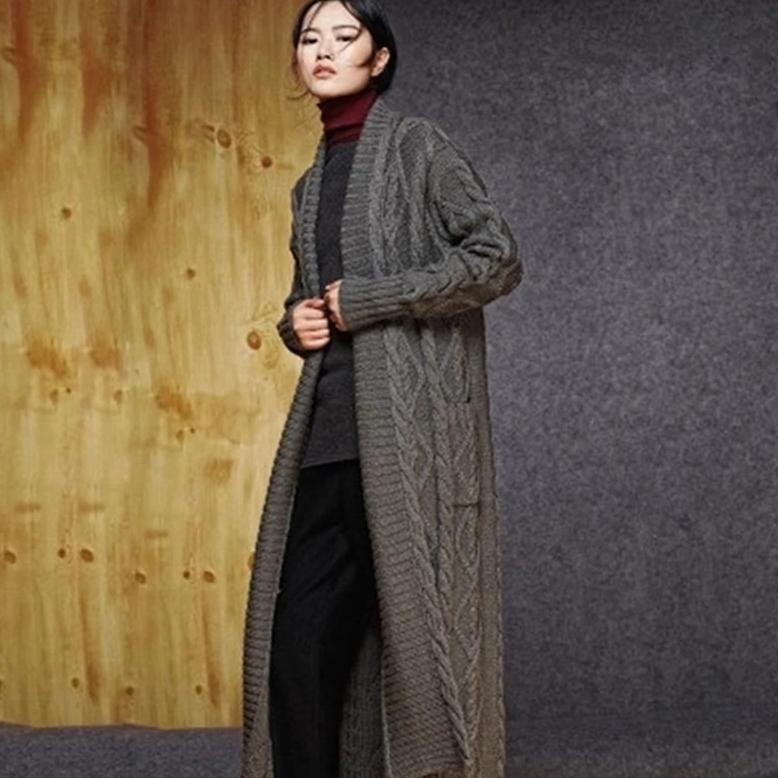 Hand made pure wool V-neck knit solid loose twisted long cardigan sweater