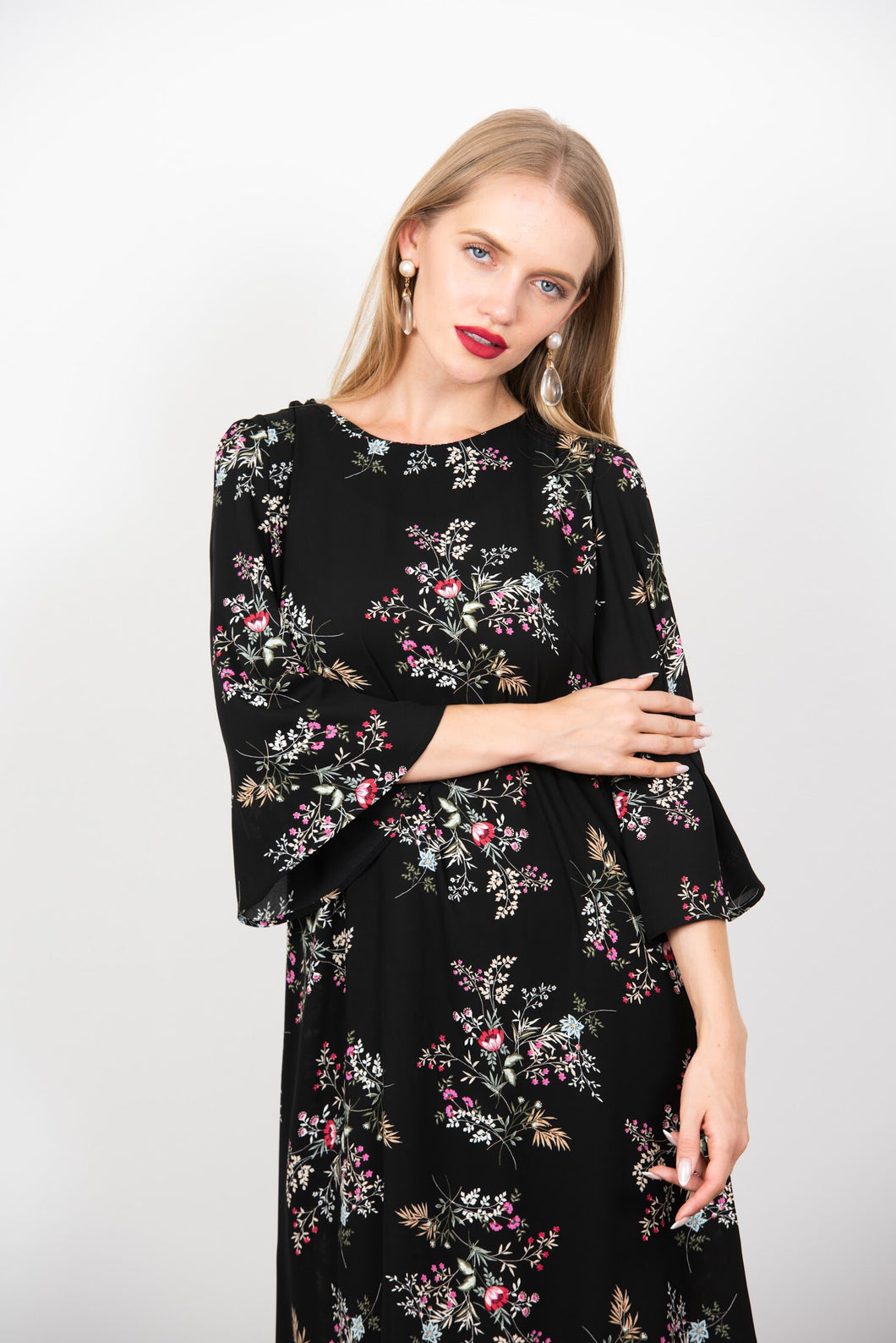 Blossom in black floral