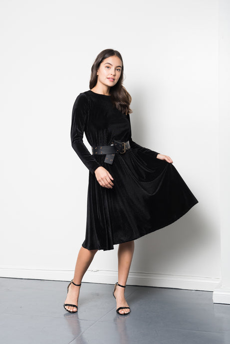 Ava Velvet Dress in Black