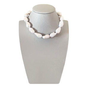 Nuit Blanc XL White Baroque Freshwater Pearl Choker Necklace