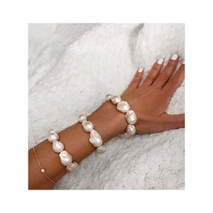 Les Trois Corniches White Freshwater Baroque Pearl Stretch Bracelet