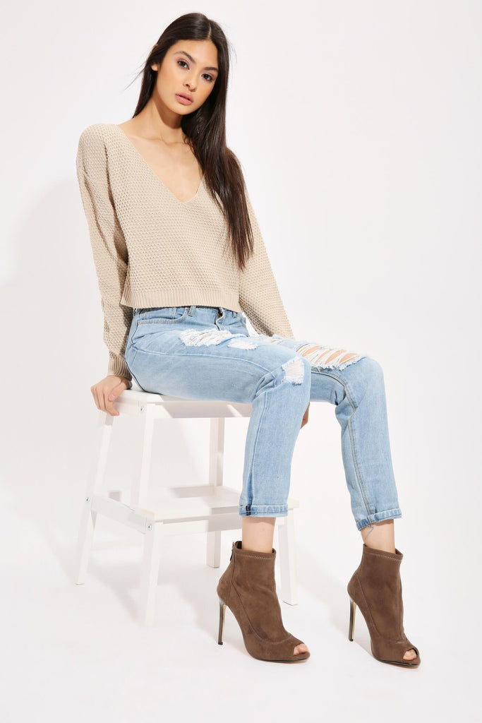 Light Wash Frayed Ripped Roll Up Jeans