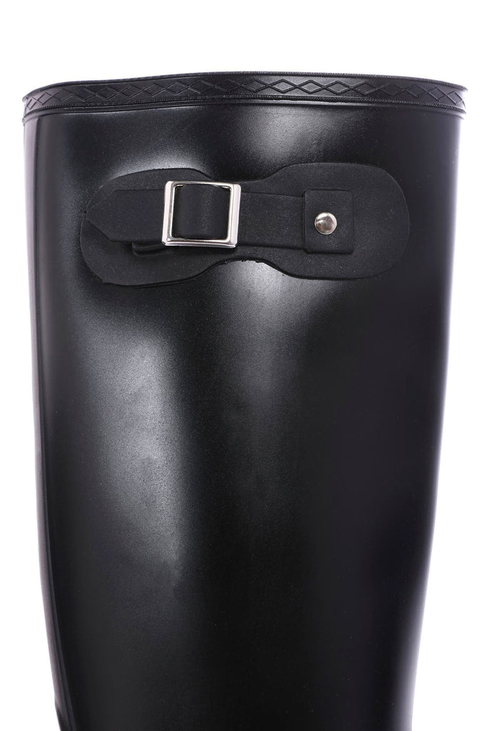 Black Buckle Wellies