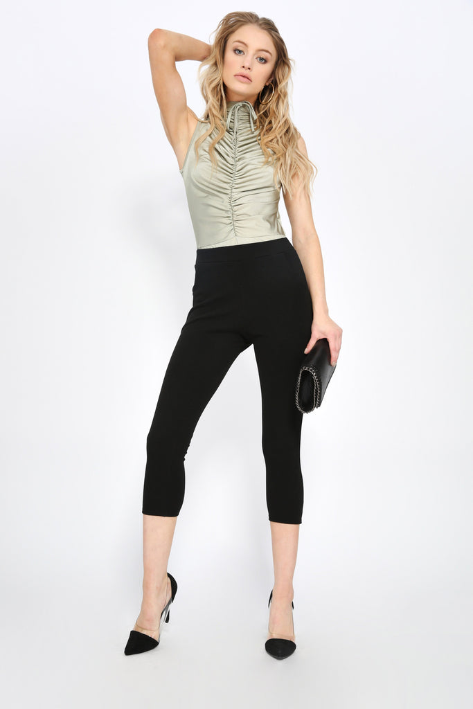 Black Crop Trousers With Pockets