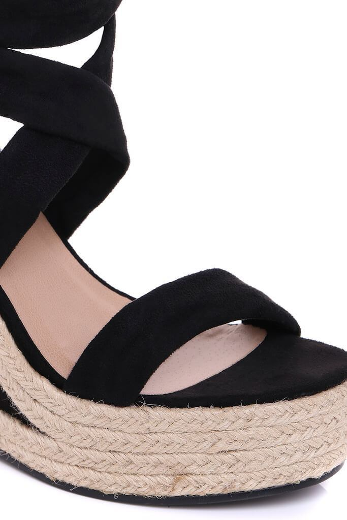 Black Black Tie Wedge