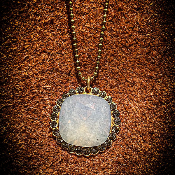 Playa Dust-Crystal border necklace