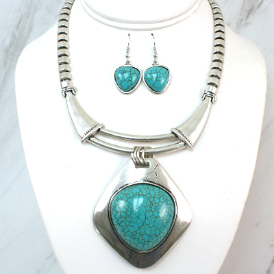 Necklace and Matching Earrings Set- Turquoise Trendy Collection