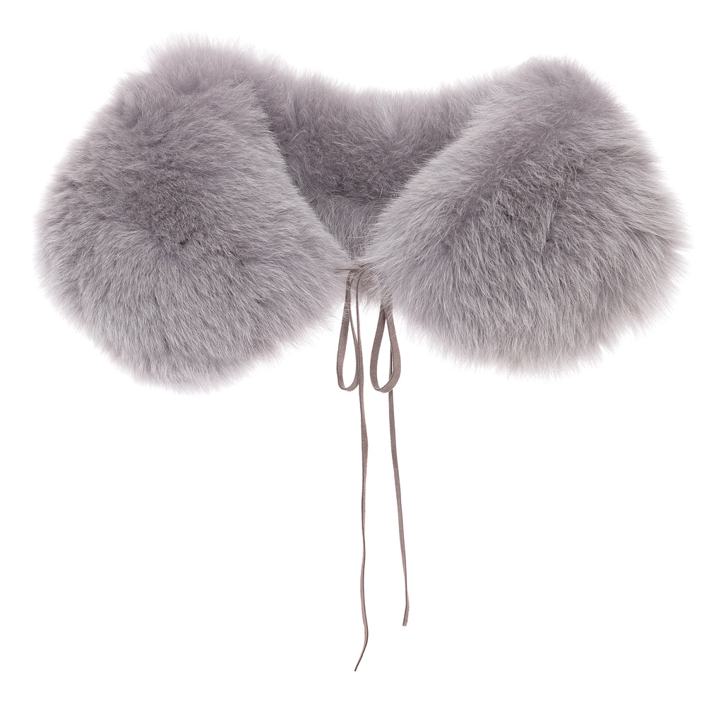 fox fur collar Léa Clémen