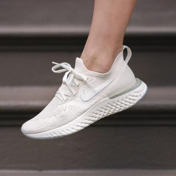 "NIKE EPIC REACT FLYKNIT ""LIGHT CREAM"""