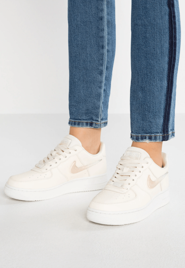 "WOMEN'S AIR FORCE 1 '07 SE PRM - ""Pale Ivory"""