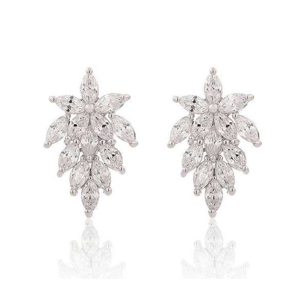 MyKay Luscious Snow Flurry CZ Diamond Stud Sterling Silver Prongs Earrings
