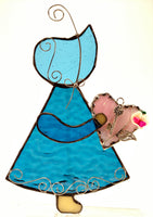 "Sun Bonnet Sue Stained Glass Suncatcher 5"" x 7"" - Blue with pink heart"