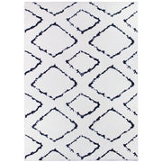 Moroccan Diamond Pile Shag Accent Rug 5' x 7' - White