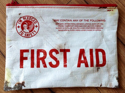 Zipper Pouch First Aid - Polly Paper