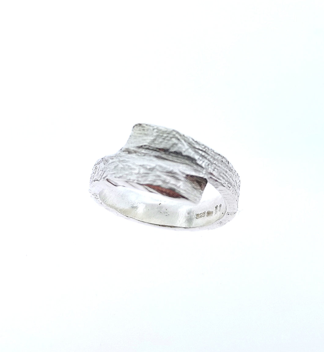 Driftwood Wrap Over Ring - 9 Karat White Gold