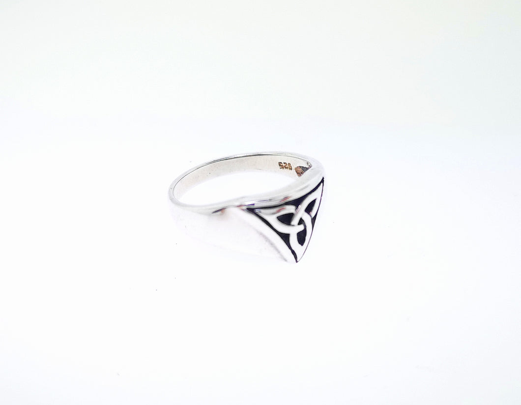 Trinity Knot Signet Ring