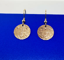 Load image into Gallery viewer, Ripple Disc Earrings - 9 Karat Yellow Gold