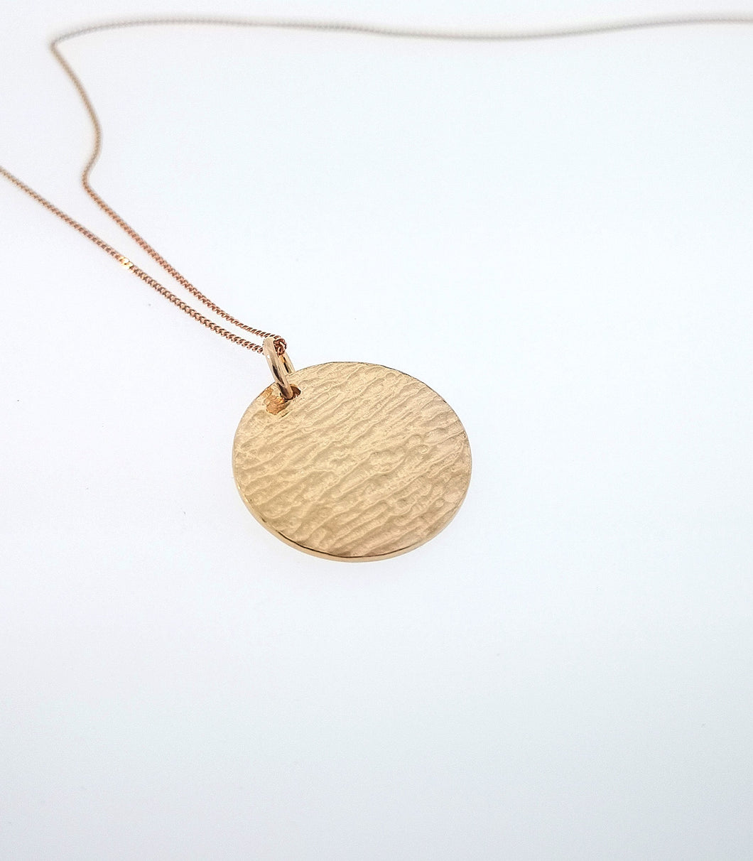 Ripple Disc Pendant - 9 Karat Rose Gold