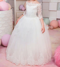 Soft Tulle Ball Gown Flower Girl Dresses Lace Bodice 3/4 Sleeves Kids Pageant Gowns