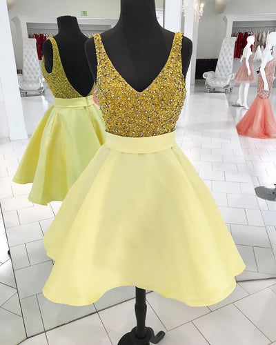 Sexy Backless Gold Beading Homecoming Party Dresses Short