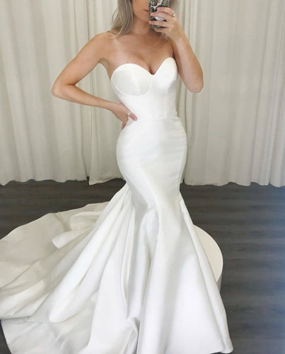 Charming Strapless Mermaid Wedding Dresses